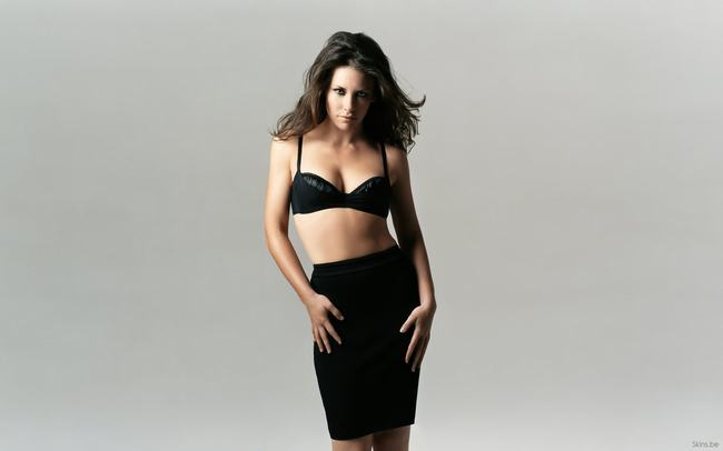 Canada Evangeline Lilly -gay-me-man-voi-nhung-hinh-anh-sieu-sexy1