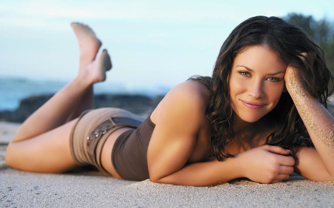 Canada Evangeline Lilly -gay-me-man-voi-nhung-hinh-anh-sieu-sexy4