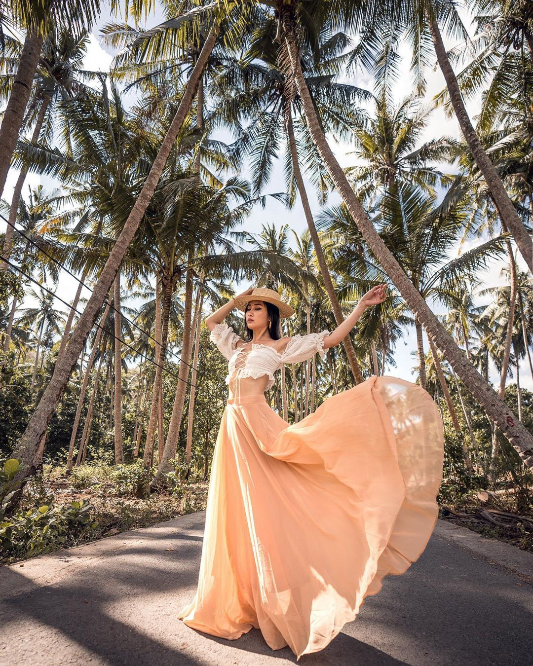 ghen-ty-cuoc-song-sang-chanh-cua-blogger-tina-lee (1)